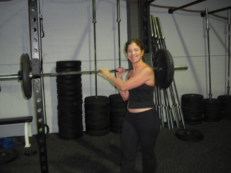 amy-with-barbell
