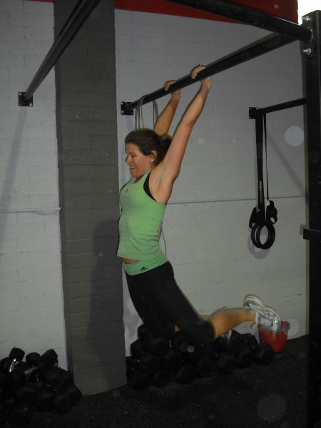 KeillBelle is a kipping pull-up machine!